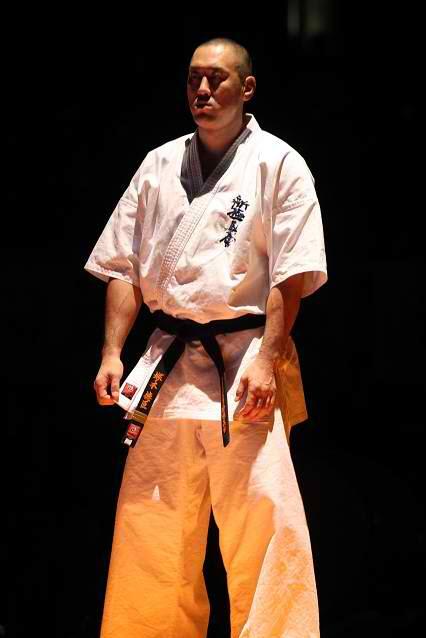 Норичика Цукамото