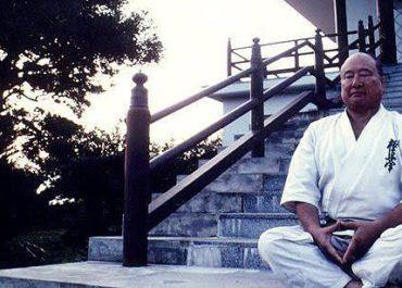 Масутацу Ояма: биография